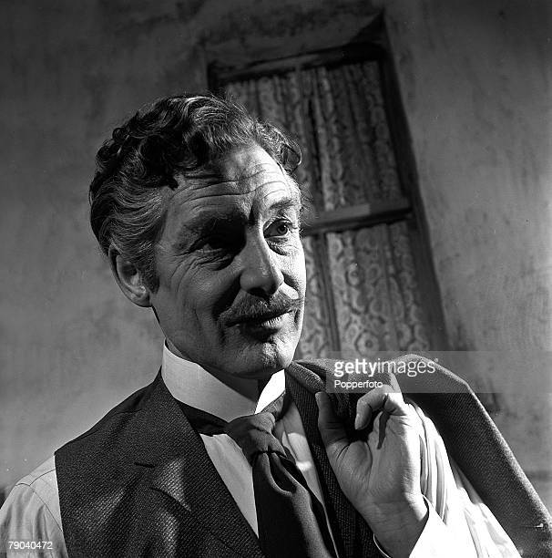 England British actor Robert Donat is pictured on the set of the film 'The Magic Box'