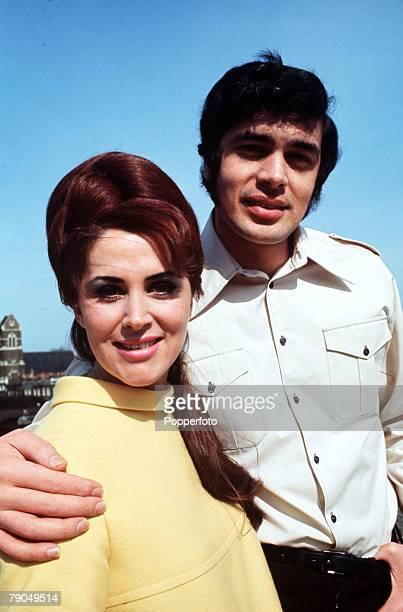 England British pop singer Engelbert Humperdinck is pictured with his wife Patricia