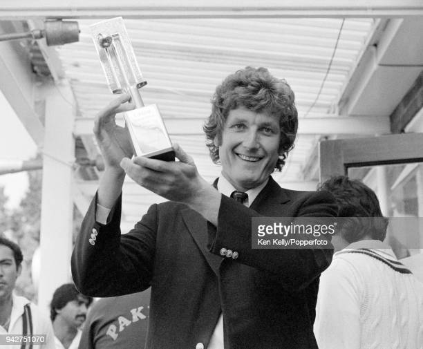 England captain Bob Willis lifts the series trophy after England win the 3rd Test match between England and Pakistan by 3 wickets at Headingley Leeds...