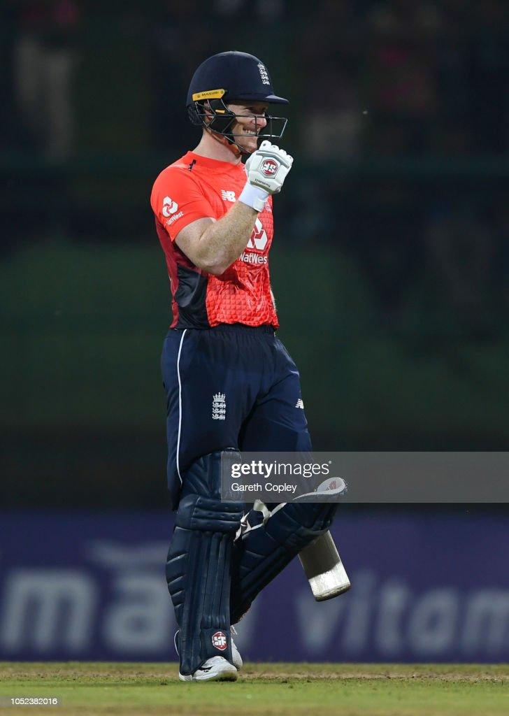 Sri Lanka v England - 3rd One Day International : News Photo