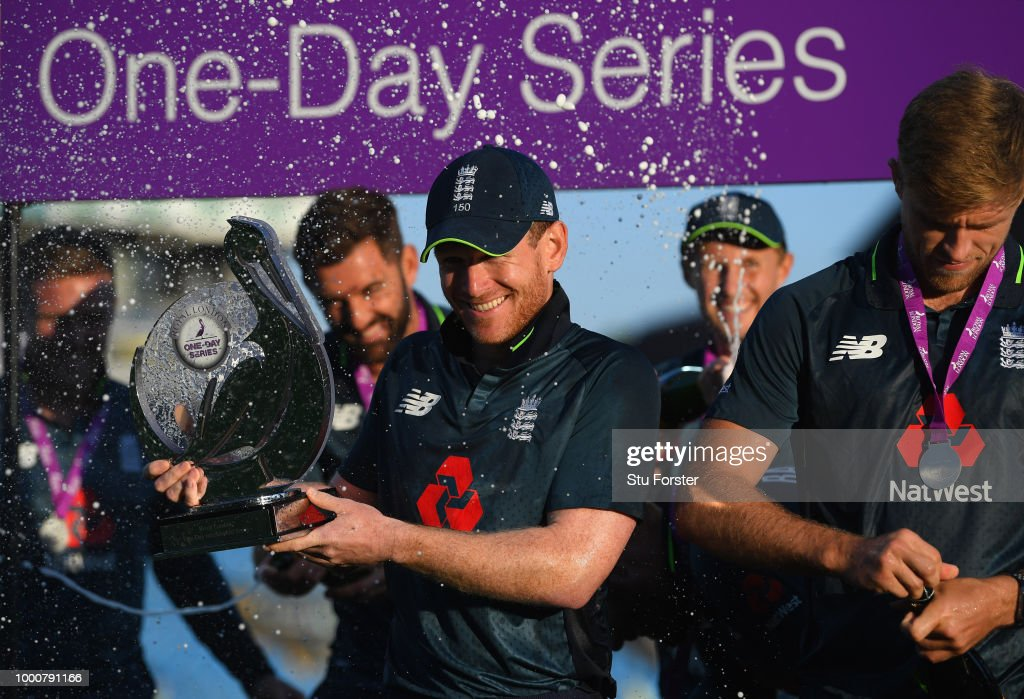 England captain Eoin Morgan celebrates with the trrophy after the 3rd ODI Royal London One Day match between England and India at Headingley on July 17, 2018 in Leeds, England.