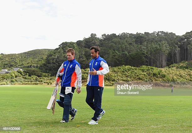 England captain Eoin Morgan talks with batting coach Mark Ramprakash during an England nets session at Karori Park on February 26, 2015 in...