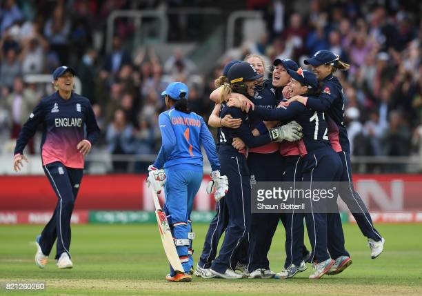 England captain Heather Knight and teammates celebrate after taking the final India wicket of Rajeshwari Gayakwad to win the ICC Women's World Cup...