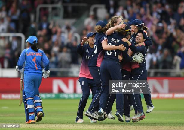 England captain Heather Knight and team-mates celebrate after taking the final India wicket of Rajeshwari Gayakwad to win the ICC Women's World Cup...