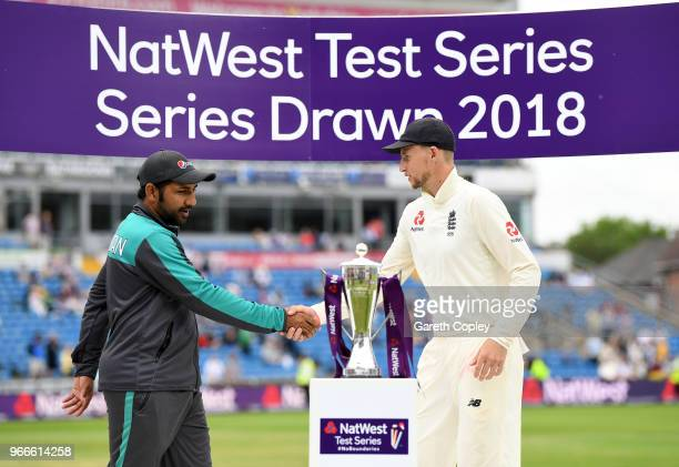 England captain Joe Root shakes hands with Pakistan captain Sarfraz Ahmed after drawing the NatWest Test Series between England and Pakistan at...
