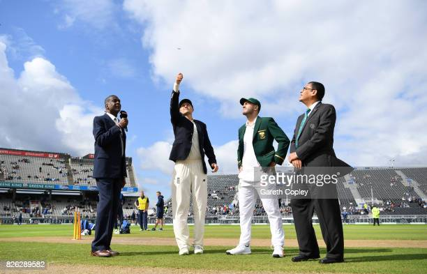 England captain Joe Root tosses the coin alongside South Africa captain Faf du Plessis ahead of day one of the 4th Investec Test between England and...
