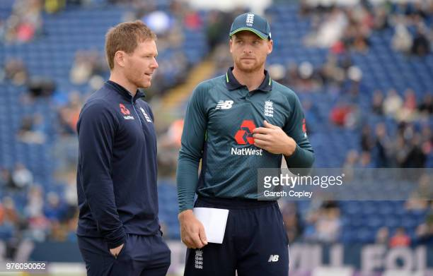 England captain Jos Buttler speaks with injuried captain Eoin Morgan ahead of the 2nd Royal London ODI between England and Australia at SWALEC...