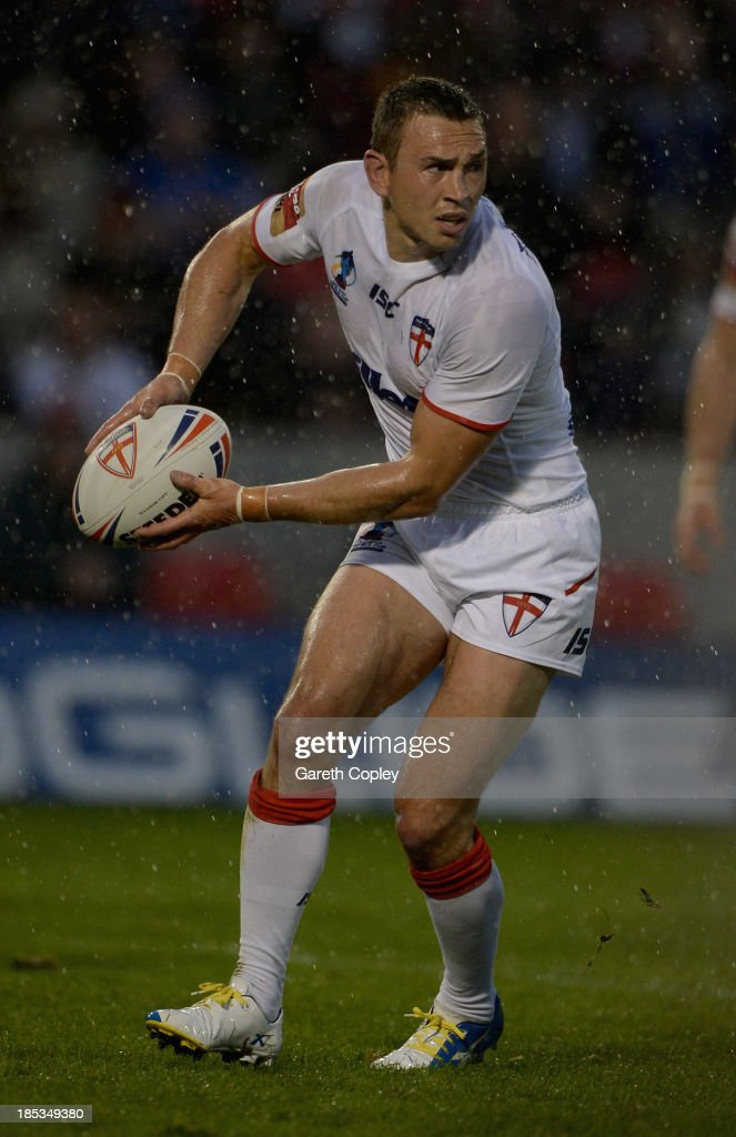 England captain Kevin Sinfield during the International match between England and Italy at Salford City Stadium on October 19, 2013 in Salford, England.