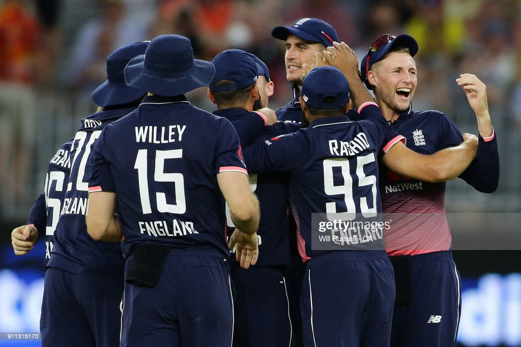 England celebrate after defeating Australia during game five of the One Day International match between Australia and England at Perth Stadium on January 28, 2018 in Perth, Australia.