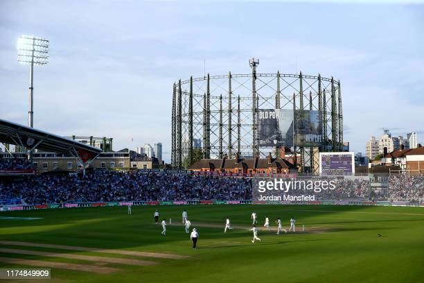 England celebrate as Matthew Wade of England is dismissed by Joe Root of England during day four of the 5th Specsavers Ashes Test between England and...
