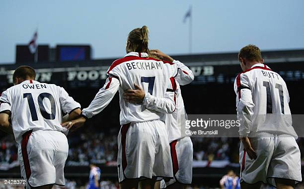 England celebrate during the International Friendly match between England and Croatia held on August 20 2003 at Portman Road in Ipswich England...