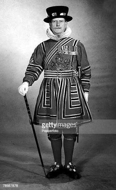 1953 England Ceremonial Uniforms A member of the Yeomen of the Guard or 'Beefeaters'