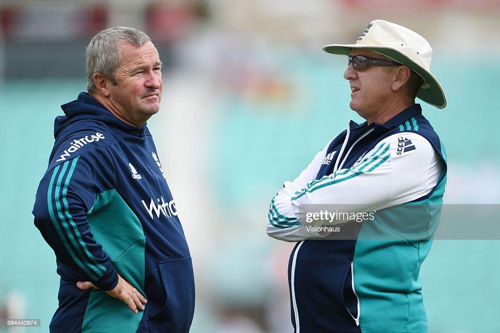 England v Pakistan: 4th Investec Test - Day Four : ニュース写真
