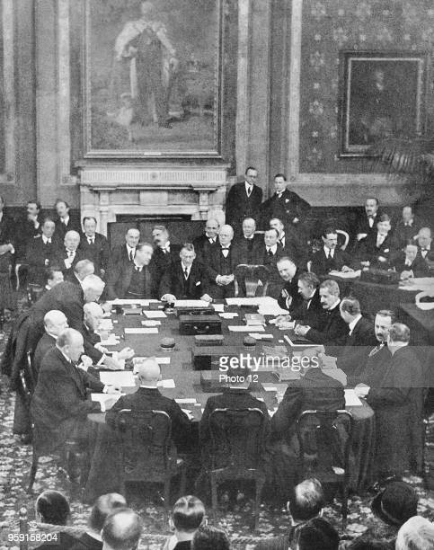 England December 1st 1925 Signing Of The Locarno Agreements In The