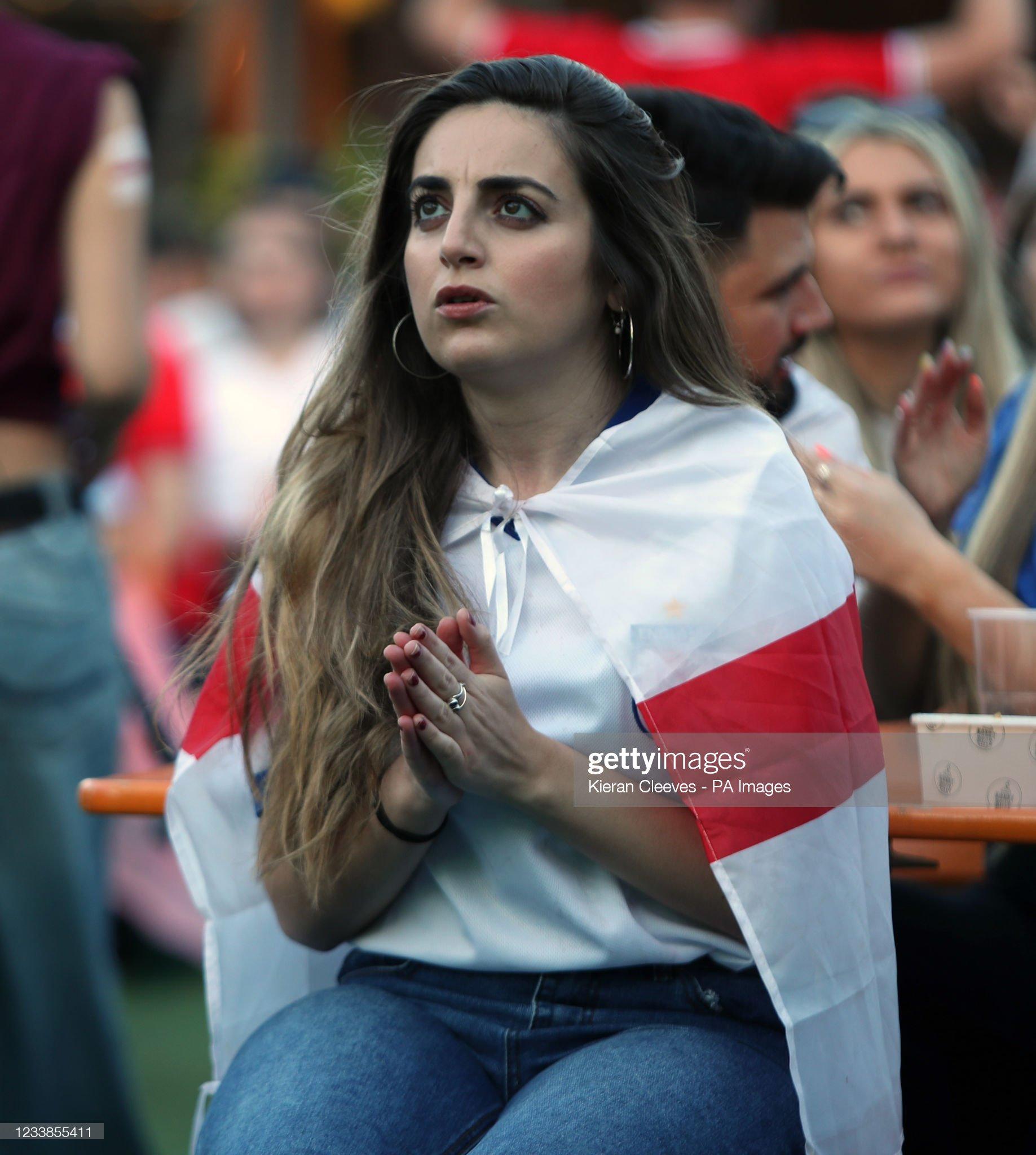 Fans watching England v Denmark : News Photo