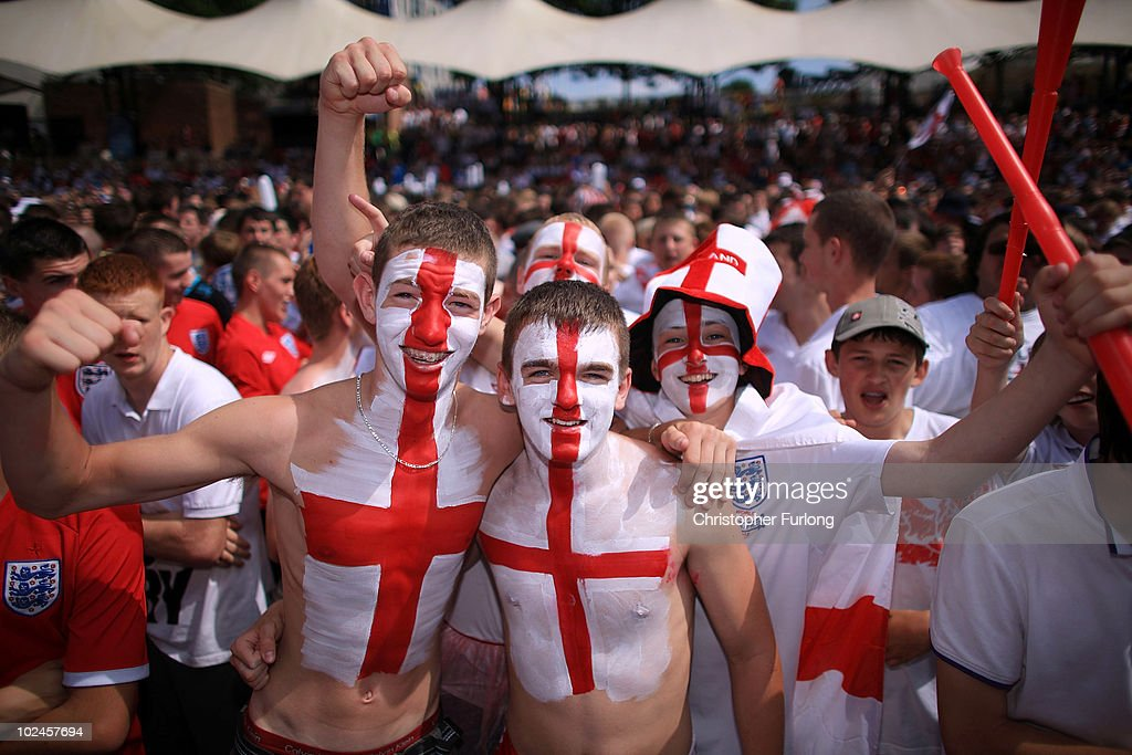 England Fans Watch The World Cup Crunch Match Against Germany : News Photo