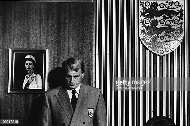 England football manager Sir Bobby Robson at a press conference to announce his resignation Football Association Headquarters London 24th May 1990...