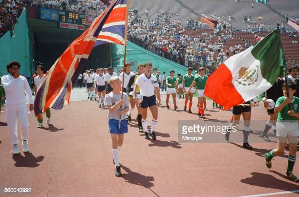 England football team take on Mexico in a friendly match in Los Angeles USA as a warm up match for the 1986 World Cup tournament in Mexico England...
