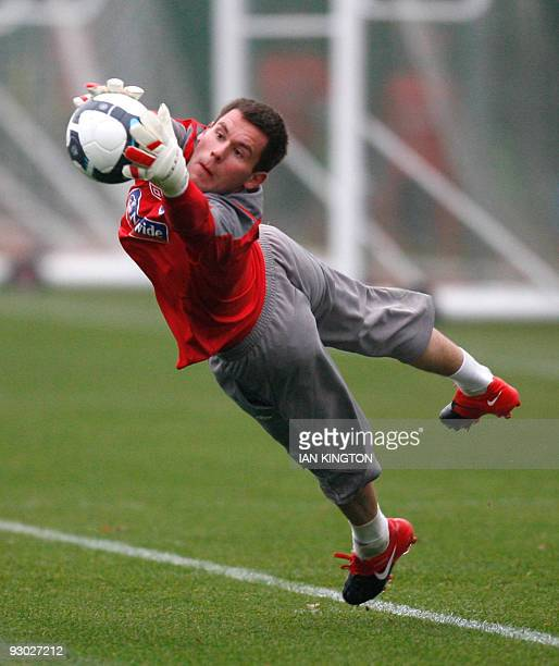 England footballer Ben Foster attends a training session at Arsenal's Training facility in London Colney, north London, on November 10, 2009 ....