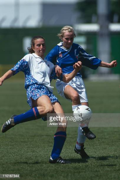 England footballer Marieanne Spacey during a match against Iceland 1992