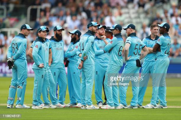 England gather during the Group Stage match of the ICC Cricket World Cup 2019 between England and Australia at Lords on June 25, 2019 in London,...