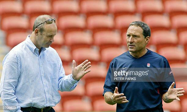 England head coach Clive Woodward and Assistant Coach Dave Alred talk in Suncorp Stadium in Brisbane 07 November 2003 for the Rugby World Cup 2003....