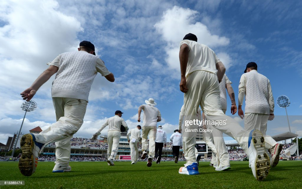England head on to the field during day three of the 2nd Investec Test match between England and South Africa at Trent Bridge on July 16, 2017 in Nottingham, England.