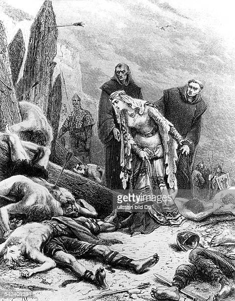 England historyBattle of Hastings 14oct1066 Ealdgyth queen consort of king harald II finding the dead body of harald at the battlefieldIllustr 19th...