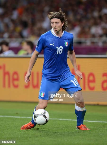 FUSSBALL EUROPAMEISTERSCHAFT England Italien Riccardo Montolivo Einzelaktion am Ball