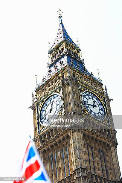 england, london, big ben, union jack flag in foreground - big ben stock pictures, royalty-free photos & images