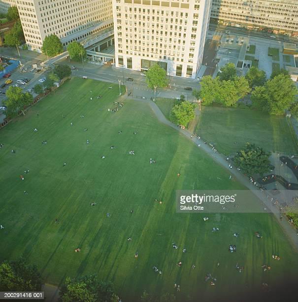 England, London, Jubilee Gardens, elevated view (long exposure)
