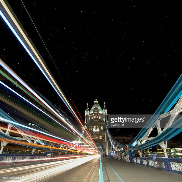 uk, england, london, light trail on tower bridge - mattscutt stock pictures, royalty-free photos & images