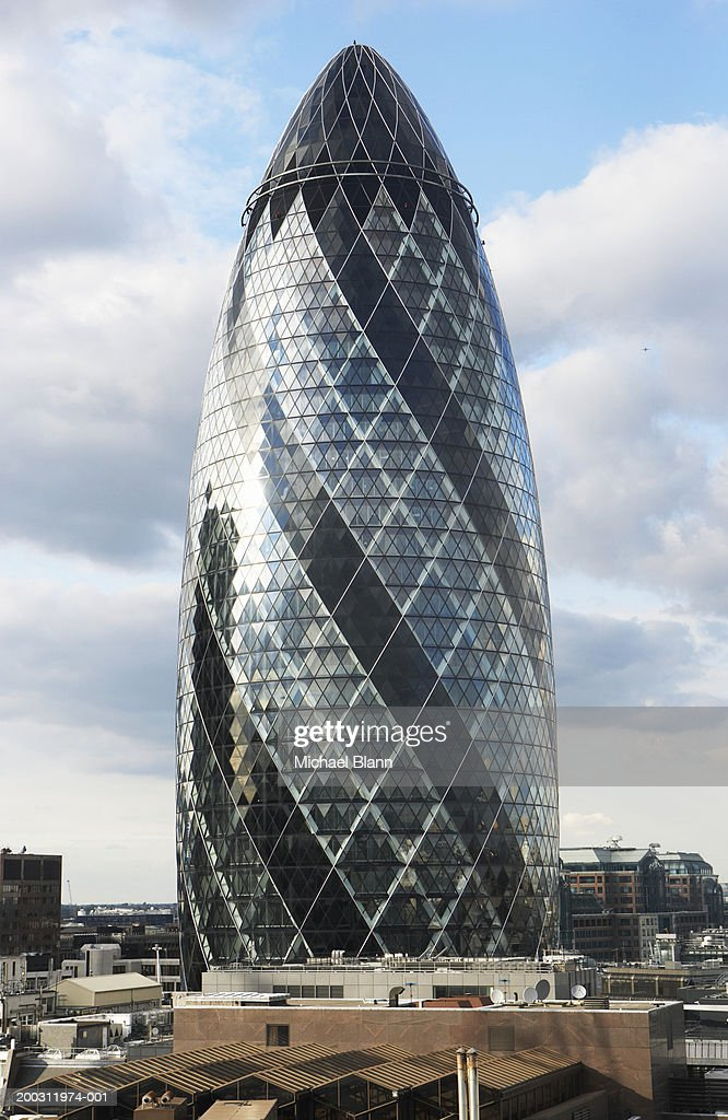 England london sir norman foster building stock photo for Norman foster strutture