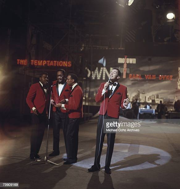 1965 England London Smokey Robinson and The Miracles Lr Pete Moore Bobby Rogers Ronnie White Smokey Robinson The Sound of Motown TV Special