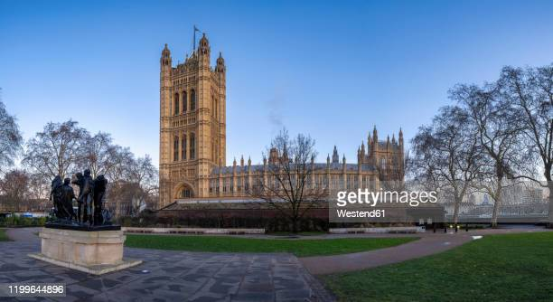 uk, england, london, victoria tower gardens†at winter dawn - victoria tower stock pictures, royalty-free photos & images