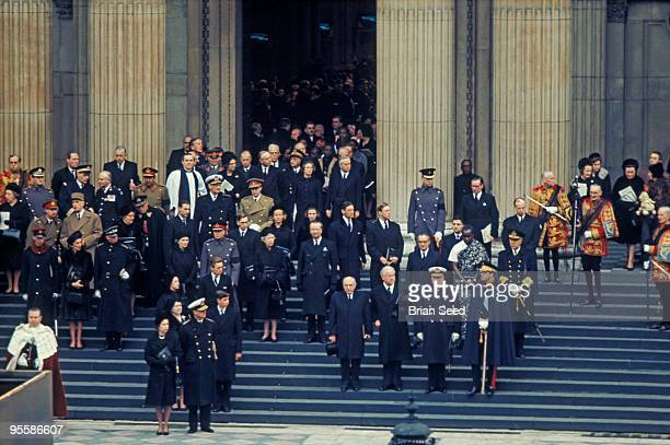 England LondonSt Paul's CathedralSir Winston Churchill's funeral 30th Januaryassembled dignitaries on steps of St Paul's as Churchill's coffin is...