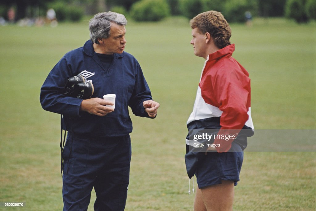 England manager Bobby Robson and Paul Gascoigne 1990 : News Photo