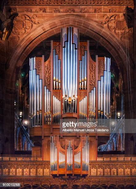 england, manchester cathedral, pipe organ - church organ stock pictures, royalty-free photos & images