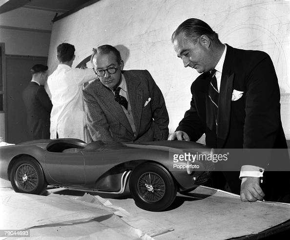 England Millionaire David Brown Inspects A Model Of An Aston Martin Nachrichtenfoto Getty Images