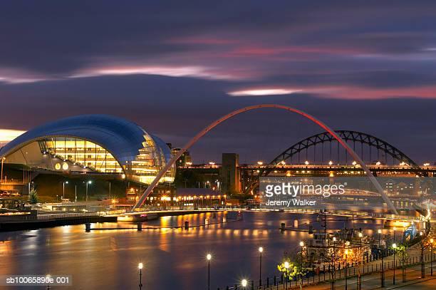 UK, England, Newcastle, Tyne Bridge, Millenium Bridge, the Sage and River Tyne illuminated at night