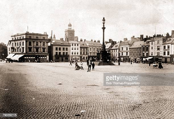 England, Northamptonshire Postcards, A picture of the Market Square in Northampton+s town centre, Circa 1900