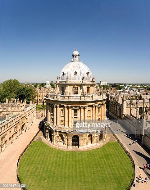 England, Oxford, Radcliffe Camera, elevated view