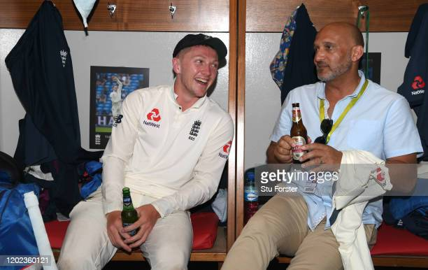 England player Dom Bess with former player Mark Butcher pictured in the dressing room after Day Four of the Fourth Test between South Africa and...