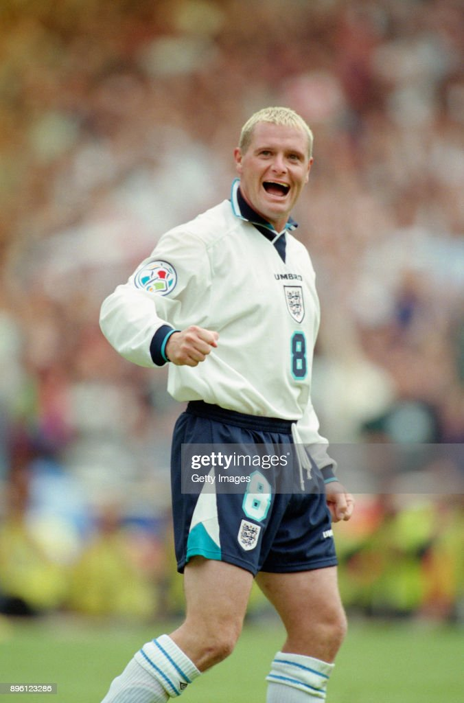 ¿Cuánto mide Paul Gascoigne? - Real height England-player-paul-gascoigne-celebrates-after-the-group-match-in-picture-id896123286