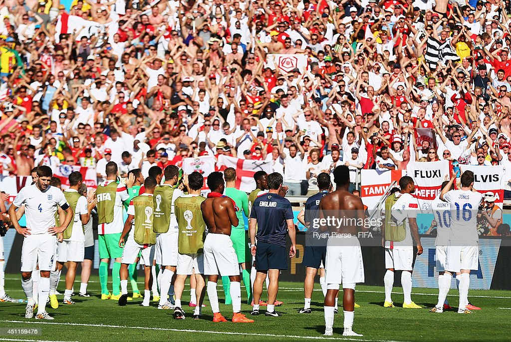 England players acknowledge the fans after a 0-0 draw during the 2014 FIFA World Cup Brazil Group D match between Costa Rica and England at Estadio Mineirao on June 24, 2014 in Belo Horizonte, Brazil.