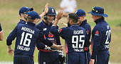 sydney australia england players celebrate wicket