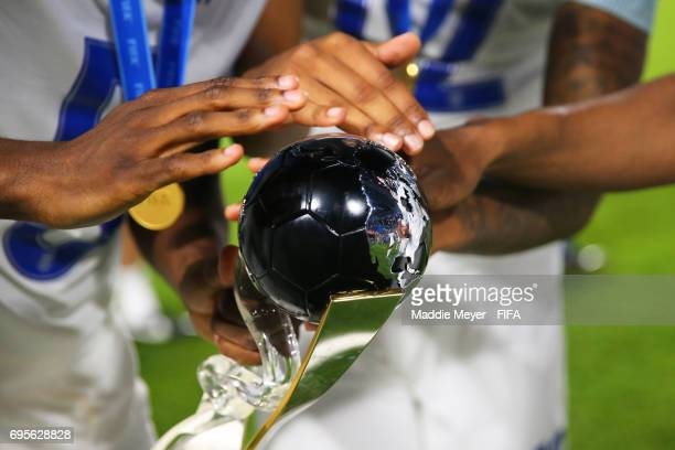 England players celebrate their 10 victory over Venezuela with the trophy after the FIFA U20 World Cup Korea Republic 2017 Final match at Suwon World...