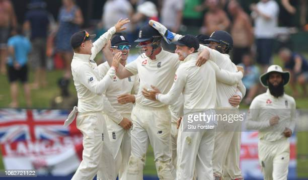 England players congratulate Keaton Jennings who had deflected a shot by Sri Lanka batsman Dimuth Karunaratne to be caught by Foakes during Day Four...
