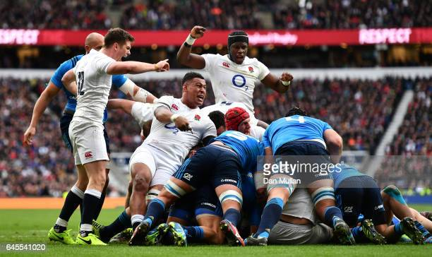 England players Owen Farrell Nathan Hughes and Maro Itoje of England celebrate the opening try scored by Dan Cole during the RBS Six Nations match...