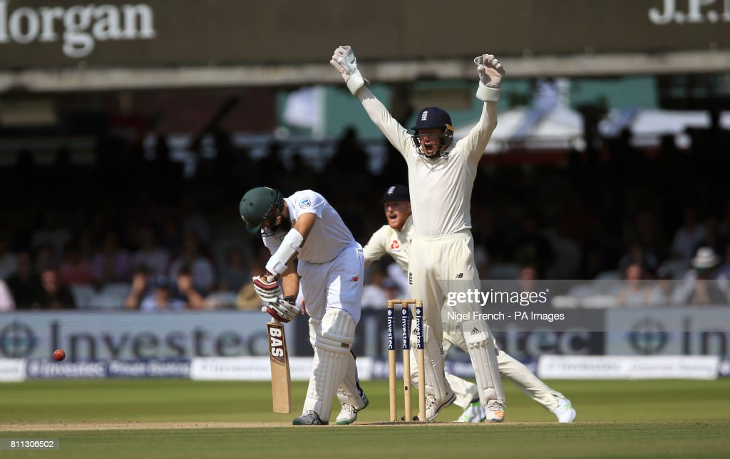 England v South Africa - First Investec Test Match - Day Four - Lord's : News Photo